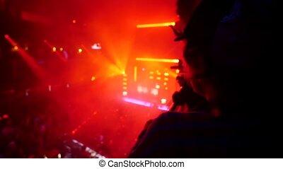 grupa, tłum, podłoga, ludzie, pilnowanie, sztag, na dół, drugi, nightclub