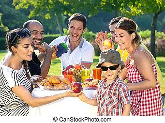 grupo, amigos, multiethnic