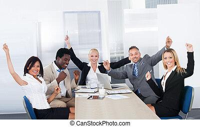 grupo, businesspeople, feliz