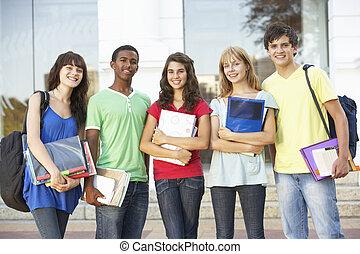 grupo, de, adolescente, estudantes, ficar, exterior, faculdade, predios