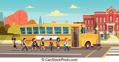 grupo, de, alumnos, mezcla, carrera, andar educar, edificio, de, amarillo, autobús, primario, alumnos, estudiantes
