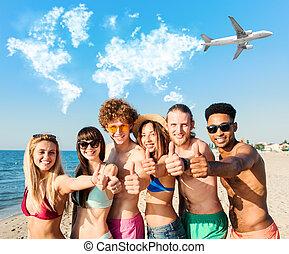 grupo de amigos, tener diversión, en, el, playa., concepto, de, verano