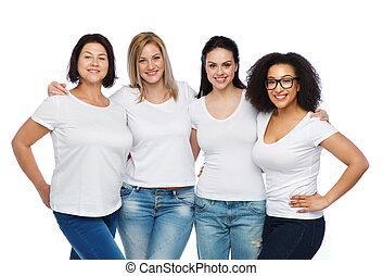 grupo, de, feliz, diferente, mulheres, em, camisetas brancas