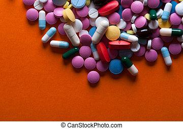 grupo, de, multicolor, medicina, píldoras, y, cápsulas