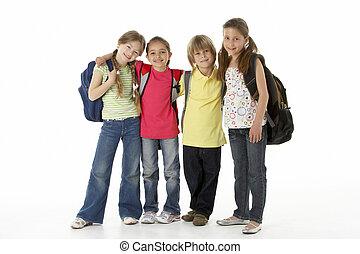 grupo de niños, en, estudio