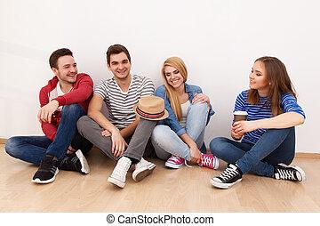 grupo de personas jóvenes
