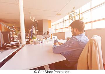 grupo, oficina de trabajo, gente, moderno, inicio, empresa / negocio, trabajo, diario