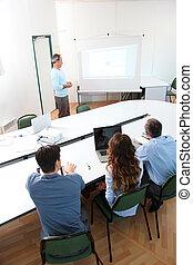 grupo pessoas, assistindo, conferência negócio