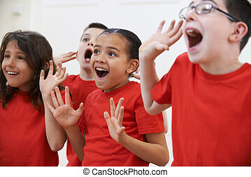 grupp av barn, avnjut, drama, klassificera, tillsammans