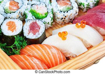 grupp, av, lyxvara, matar, sushi, nära, uppe.