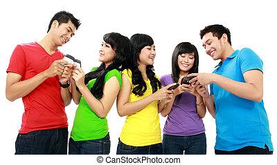 grupp, av, tonåring, vänner