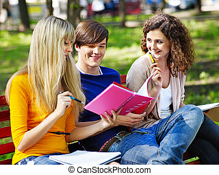 grupp, student, med, anteckningsbok, outdoor.