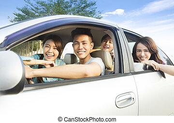 gruppe, auto, junger, spaß, haben, glücklich