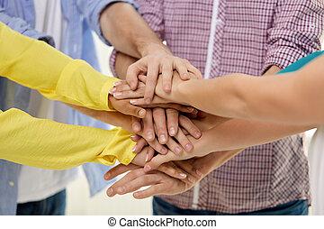 gruppe, hænder, stakke, studerende