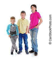 gruppe kinder, posierend