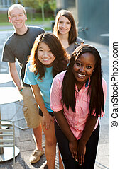gruppe, multi-ethnic, teenagere