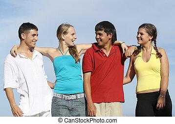 gruppe, studenten, teenager, verschieden, jugend, jungendliche, gemischter, oder