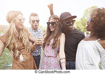 gruppe, tanzen, friends, draußen