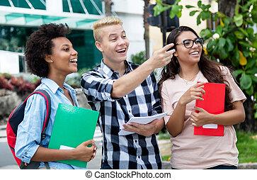 gruppe, von, latein, und, afrikanischer amerikaner, studenten