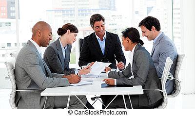 gruppo, affari, esposizione, diversità etnica, riunione