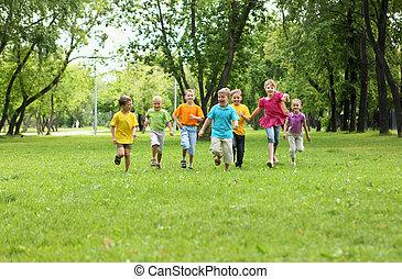 gruppo bambini, parco