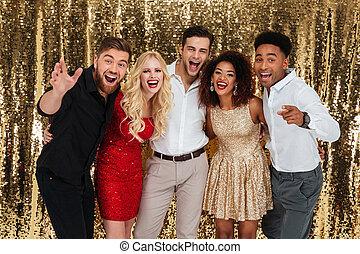 gruppo, di, allegro, bene vestito, persone, festeggiare,...