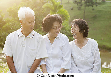 gruppo, di, asiatico, seniors parco