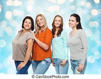 gruppo, di, felice, differente, donne, in, vestiti casuali
