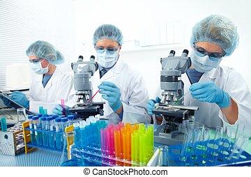 gruppo, di, medico, dottori, in, laboratory.