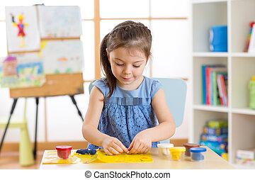 gry, pokój, jej, ciasto, plastelina, dom, dziewczyna, albo, koźlę