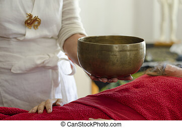 guérison, bols, praticien, chant, tibétain