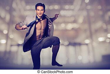 guapo, muscular, hombre, en, flojo, traje