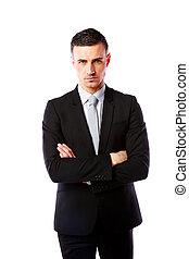 guapo, posición empresario, con, brazos doblados, encima, fondo blanco