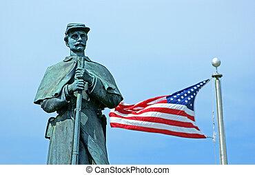 guerra civil, estatua, con, bandera estadounidense