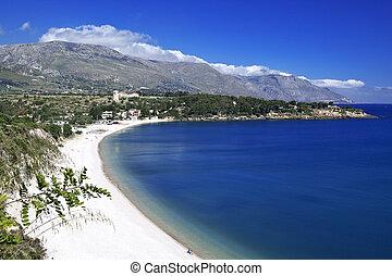 Guidaloca quater - Guidaloca bay, north-western Sicily