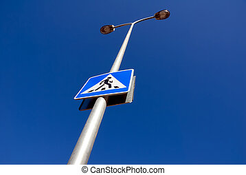 Guide sign, illumination column.