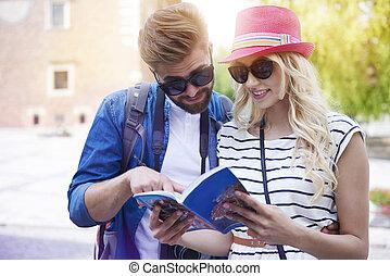 guidebook, é, muito, útil, ligado, viagem