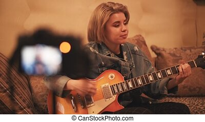 guitar., social, jeu, vidéo, vlog, apprentissage, jeune, enregistrement, enlève, blogger, adolescent, girl, networks.