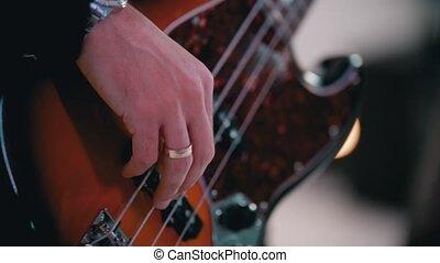 guitare jouer, chanson, -, basse, homme, bande musicale