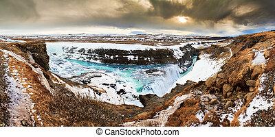 Gullfoss panoramic view