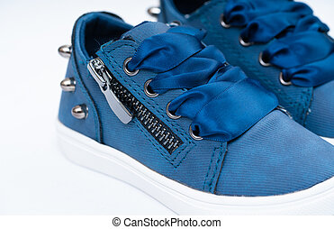 gumitalpú cipő, kényelmes cipő