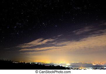 gwiaździste niebo, z, spadająca gwiazda