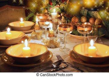 gwiazdkowy obiad, tryb, stół