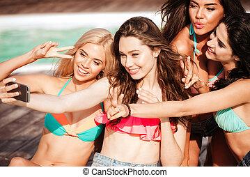gyártás, lány, fiatal, selfie, négy, bikini, meglehetősen