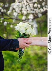 gyönyörű, övé, csokor, lovász, menyasszony, esküvő, ad