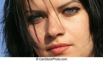 gyönyörű arc