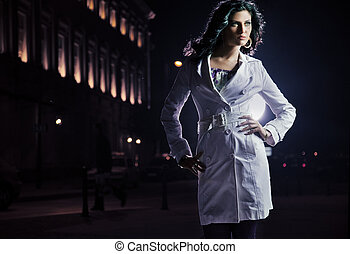 gyönyörű, barna nő, felett, egy, éjszaka, város, háttér