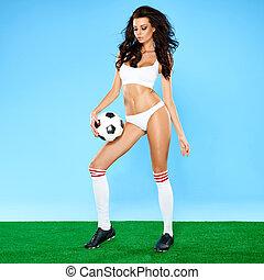 gyönyörű, busty, nő, futball játékos, alatt, női fehérnemű