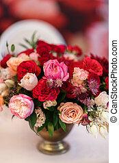 gyönyörű, csokor, virág, asztal, váza