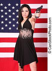 gyönyörű, etnikai, nő, noha, 9mm, kézifegyver